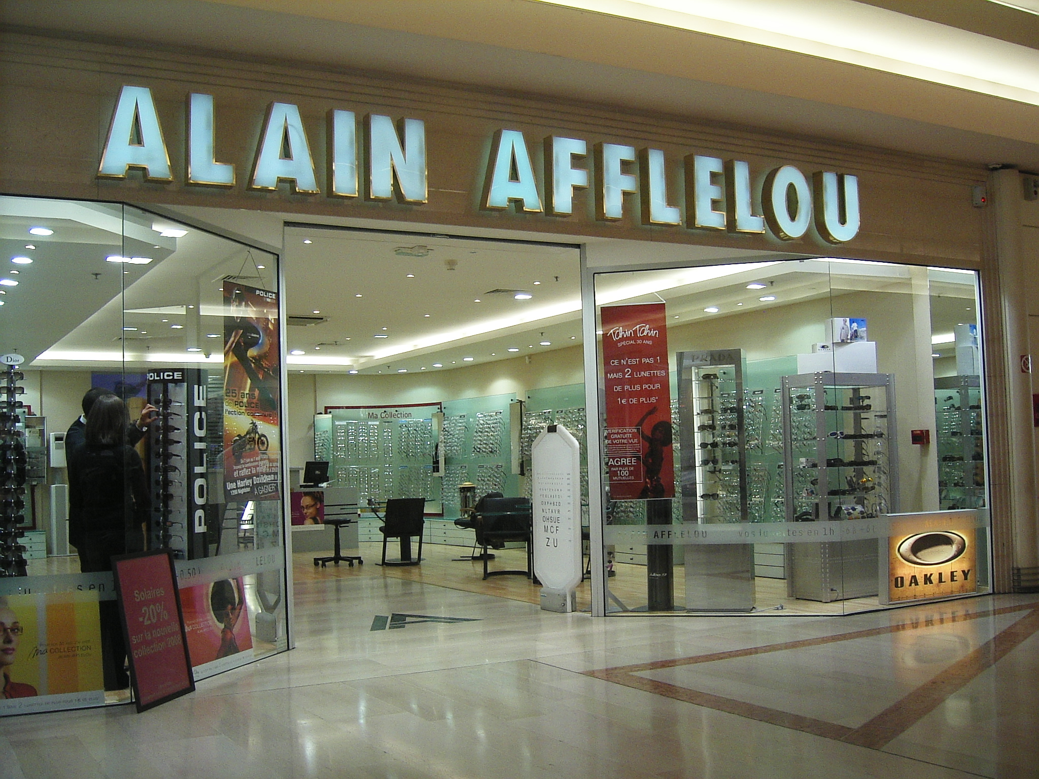 optical retailers in France, Alain Afflelou
