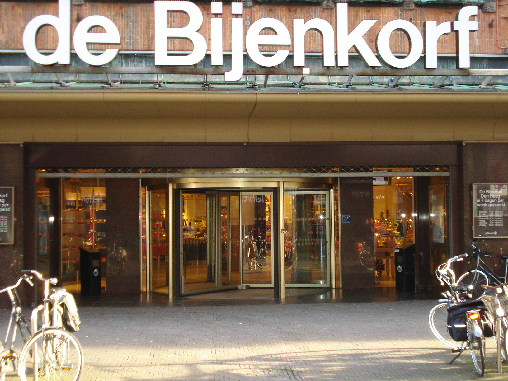 Top ranking retailers in the Netherlands